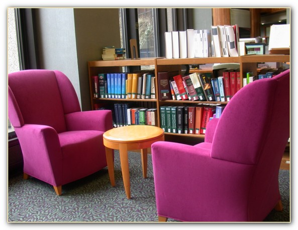 uchclibrarychairs2